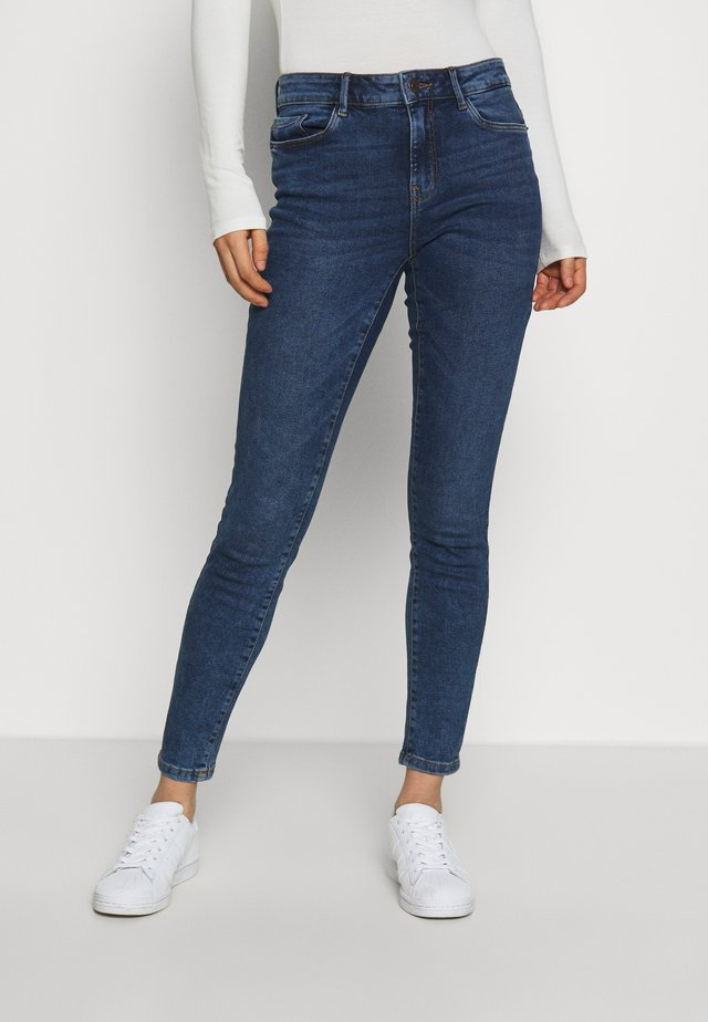 VMHANNA  - Jeans Skinny Fit - medium blue denim