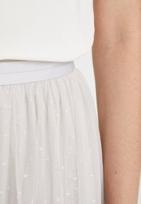 Needle & Thread - KISSES TULLE MIDAXI SKIRT - A-Linien-Rock - periwinkle purple - 4