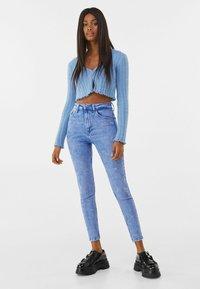 Bershka - SUPER HIGH WAIST - Jeans Skinny Fit - blue - 1