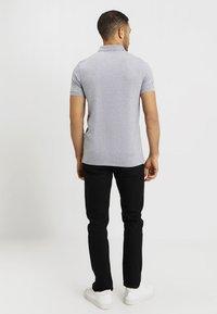 Selected Homme - SLHARO EMBROIDERY - Pikeepaita - medium grey melange - 2