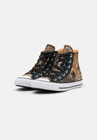 Converse - CHUCK TAYLOR ALL STAR UNISEX - High-top trainers - black/multicolor/white - 1