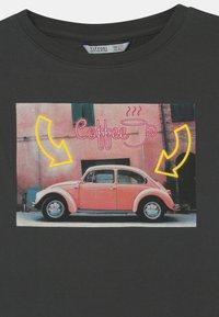 Tiffosi - FIONA - Print T-shirt - grey - 2