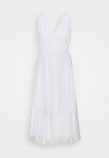 SLFSUZY MIDI DRESS - Cocktail dress / Party dress - arctic ice