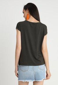Vero Moda - Jednoduché triko - peat - 2