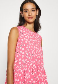 Tommy Jeans - DROP WAIST DRESS - Kjole - glamour pink - 4