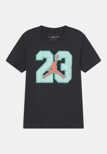 GAME TIME - Print T-shirt - black