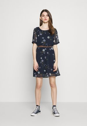 VMFALLIE BELT DRESS - Freizeitkleid - navy blazer