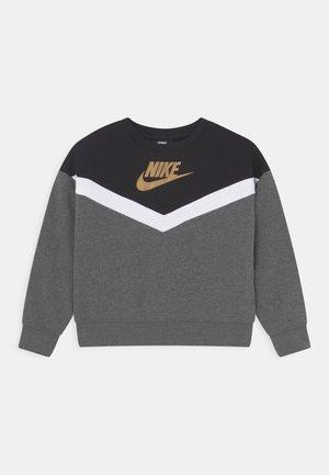 GO FOR GOLD CREW - Sweatshirt - charcoal heather