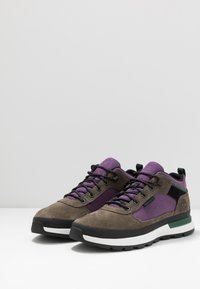 Timberland - FIELD TREKKER - High-top trainers - canteen