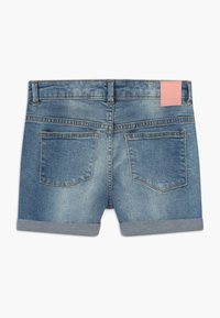 Bench - SHORTLE - Denim shorts - light-blue denim - 1