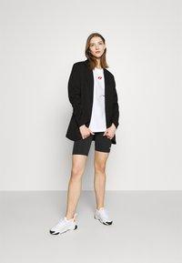 Nike Sportswear - BIKE  - Short - black/white - 1