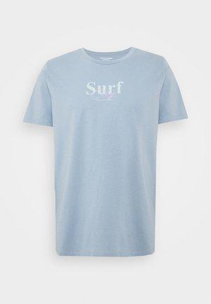 JORSANDER TEE CREW NECK - Print T-shirt - ashley blue
