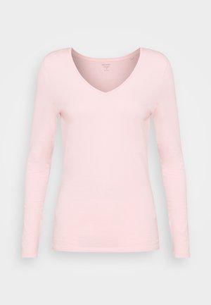 FITTED V NECK - Top sdlouhým rukávem - light pink
