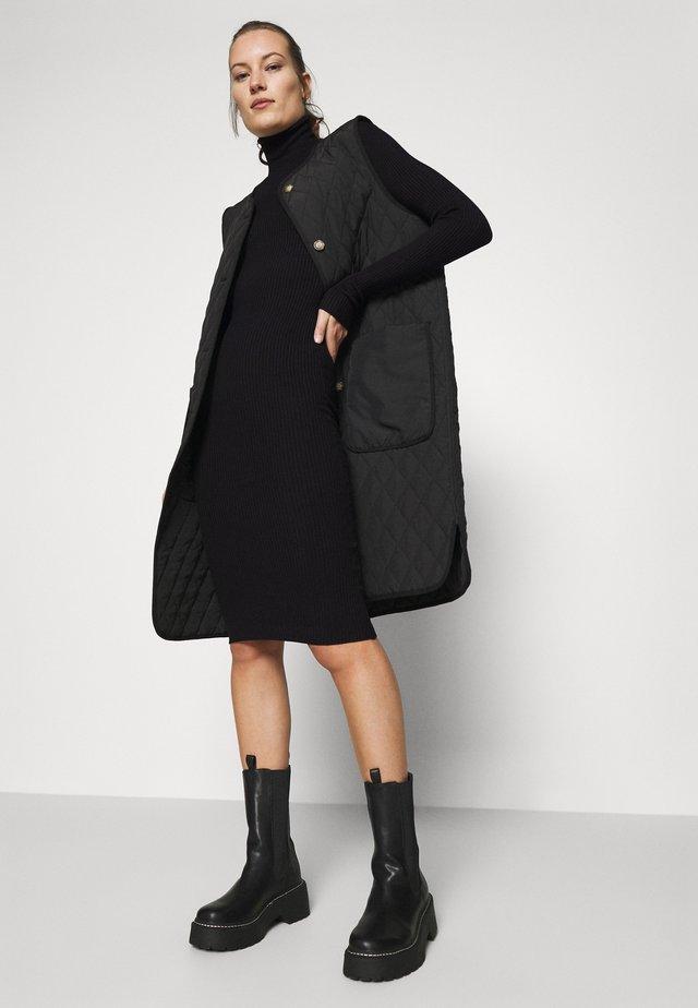Sukienka dzianinowa - black