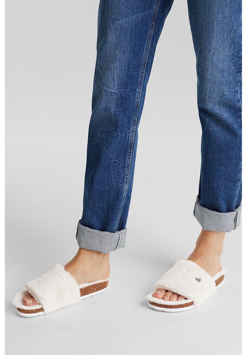 Esprit - TEDDY-FELL - Slippers - cream beige