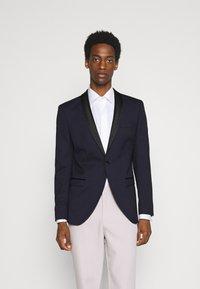 Selected Homme - SLHSLIM SKYLOGAN TUX - Blazer jacket - navy blazer - 0
