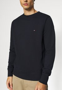 Tommy Hilfiger - CORE  - Sweatshirt - blue - 4