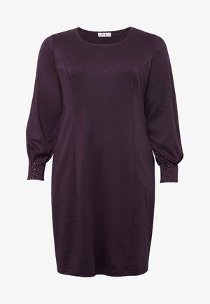 Cocktail dress / Party dress - plum