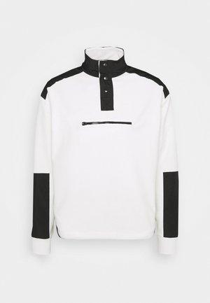 LOOPBACK FUNNEL NECK OVERHEAD - Sweatshirt - white