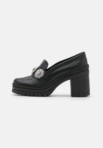 YASRENNA OXFORD HEELS - Platform heels - black