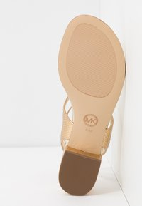 MICHAEL Michael Kors - LITA THONG - Sandals - pale gold - 6