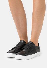 Calvin Klein Jeans - CUPSOLE ELASTIC - Trainers - black - 0