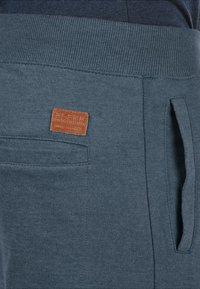 Blend - REGULAR FIT - Tracksuit bottoms - blue - 2