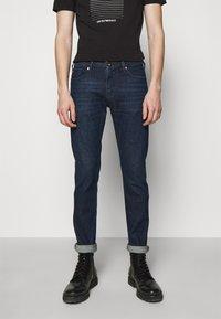 Emporio Armani - POCKETS PANT - Slim fit jeans - dark-blue denim - 0