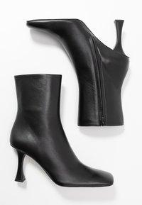 Proenza Schouler - Kotníková obuv na vysokém podpatku - nero - 3
