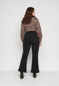 Vero Moda Curve - VMSILCO PANT - Trousers - black - 2