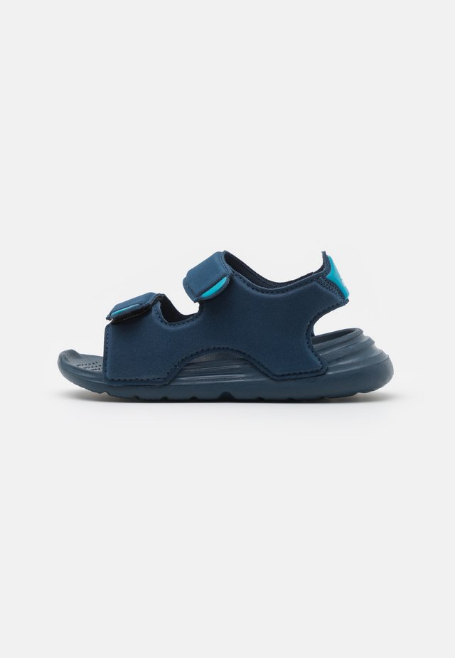 SWIM UNISEX - Pool slides - crew navy/footwear white