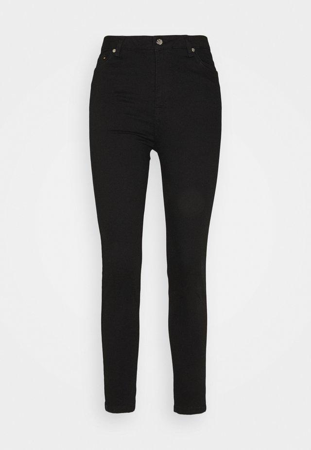 JADE CROPPED LENGHT - Jean slim - black