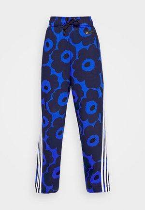 MARIMEKKO - Tracksuit bottoms - bold blue