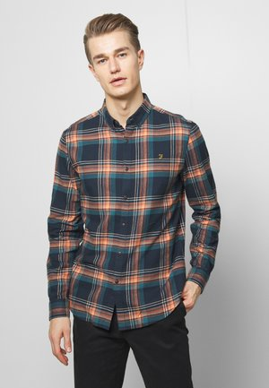 BUTTERFIELD CHECK - Shirt - bottle green