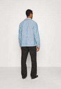 Brixton - SURVEY RESERVE CHORECOAT - Summer jacket - worn indigo - 2