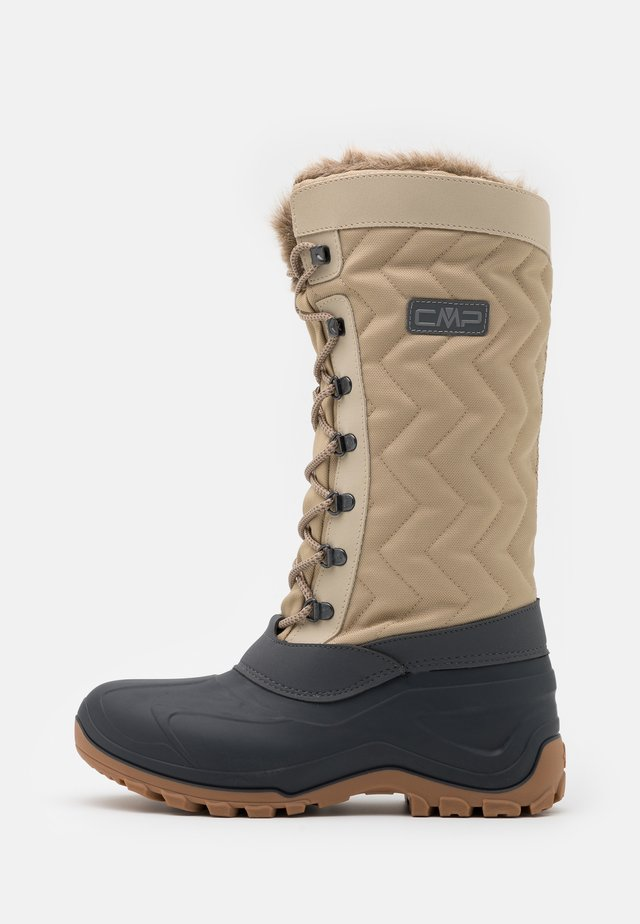 NIETOS - Winter boots - sand