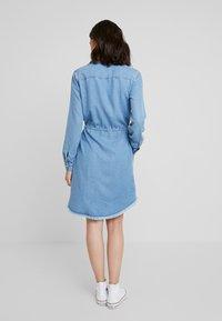 Marc O'Polo DENIM - DRESS COLLAR - Denim dress - melted indigo tencel - 2