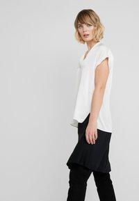 By Malene Birger - RENARD - Blouse - soft white - 5