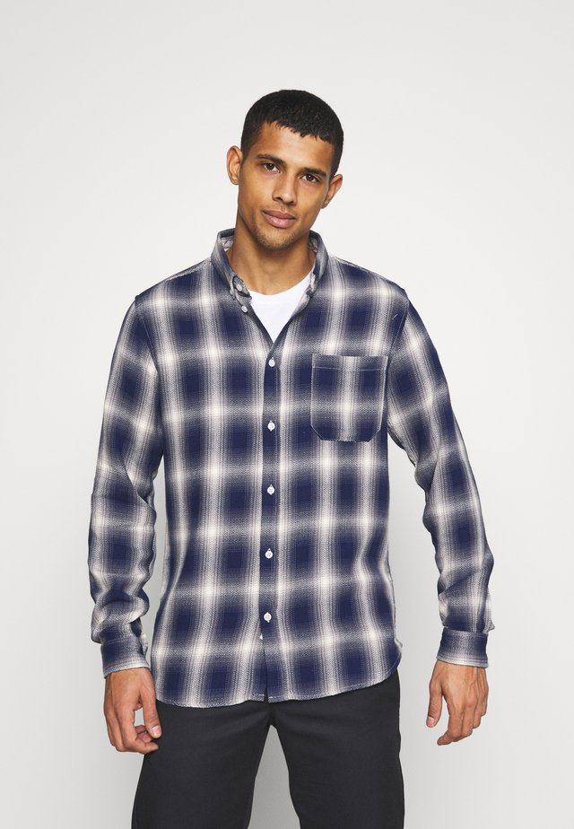 AKLOUIS  CHECK - Camicia - sky captain