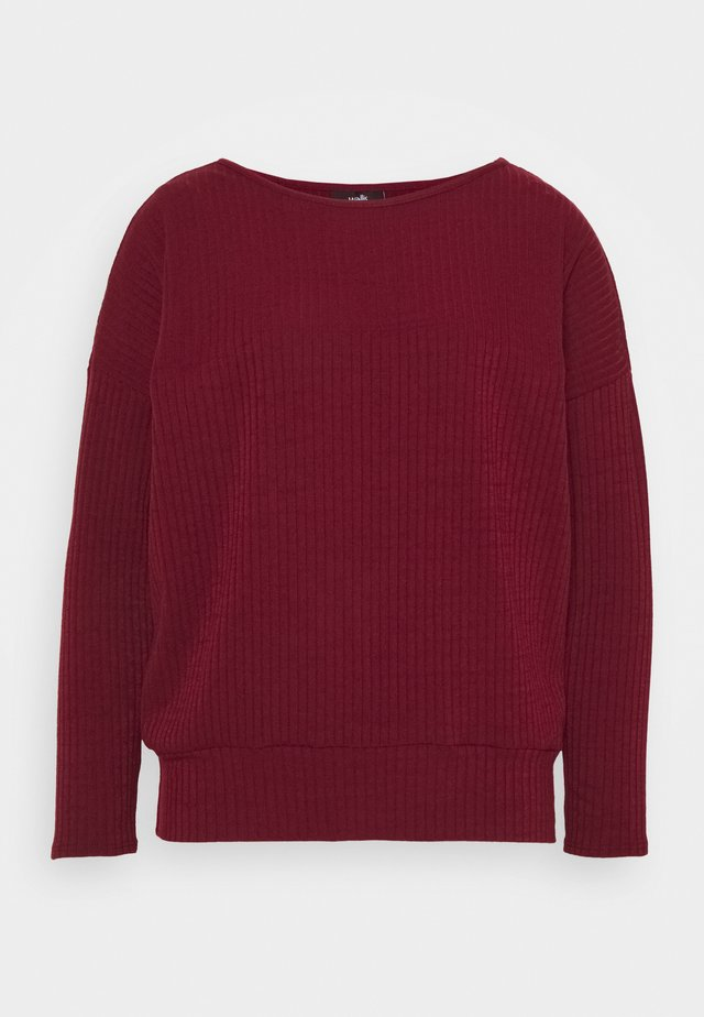 DOLMAN - Long sleeved top - berry