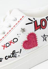 ALDO - UMIASSA - Sneakers laag - white - 2