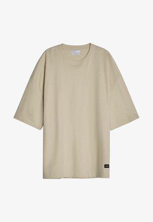 OVERSIZED UNISEX - T-shirts basic - beige