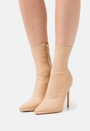 ALVA - Classic ankle boots - nude