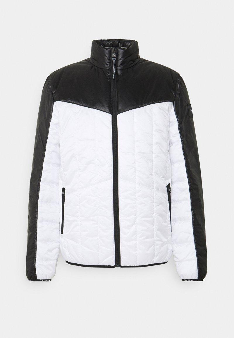 Calvin Klein - MULTI QUILT WADDED JACKET - Light jacket - white