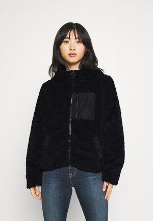 VMCOZYSTELLA SHORT JACKET - Fleece jacket - black