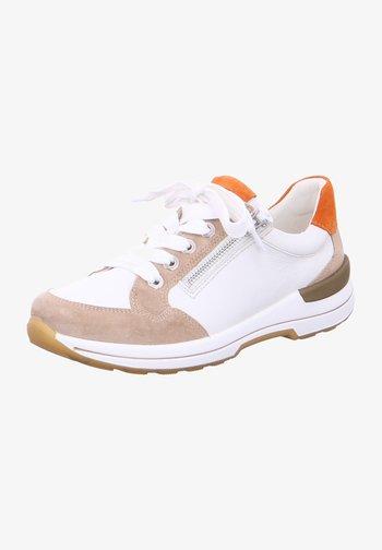 Trainers - sand weiß ambra