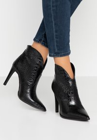 Toral - High heeled ankle boots - black - 0