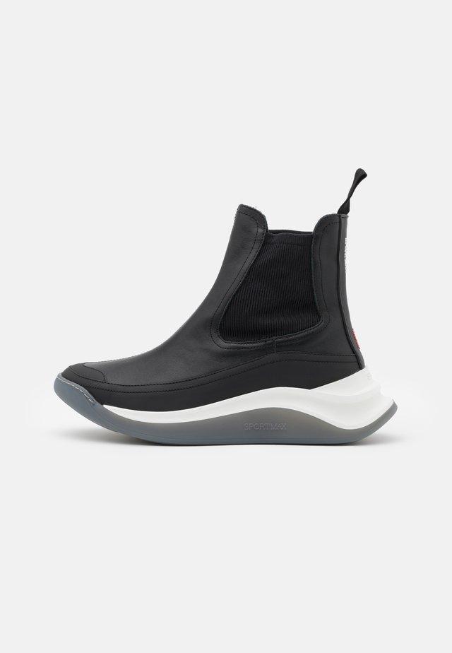 DAMA - Zapatillas altas - nero