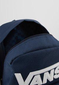 Vans - NEW SKOOL BACKPACK BOYS - Plecak - dress blues - 2