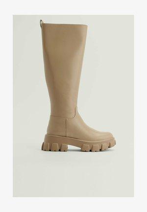 Platform boots - taupe